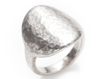 hand hammered disk silver ring