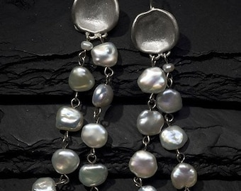 concave silver earrings with keshi pearls