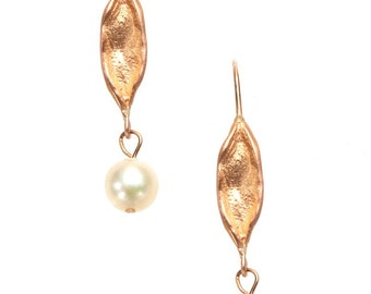 18K rose gold earrings with japanese akoya pearls - leaf motif
