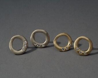 om eternal earrings with diamonds