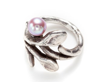 sculpted branch silver ring with fresh water pearl