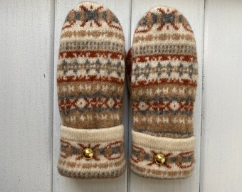 Women's Wool Sweater Mittens - Wool Mittens from recycled sweaters- Felted Mittens - Beige -Nordic Gift for her - Bernie Mittens - Fair Isle