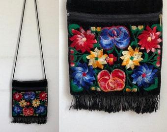 vintage black velvet purse, vintage embroidered shoulder bag, vtg floral purse, embroidered flowers, velvet pocketbook, purse with tassels
