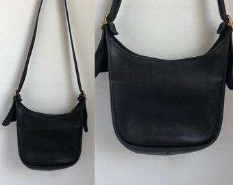 vtg coach bag, vintage black leather coach bag, vintage coach shoulder bag with strap, 1980s coach purse, coach crossbody bag, leather bag