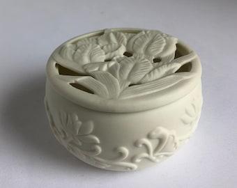 vintage ceramic trinket dish, vintage ivory dish, vintage white container, cut out lid, floral container, vintage floral dish, jewelry dish