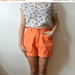 75% OFF MOVING SALE Vintage High Waisted Shorts - Vintage Orange Shorts - Size 11 Medium