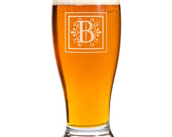 6 Personalized Pilsner Pub Beer Glasses Custom Engraved Monogram Wedding Gift.
