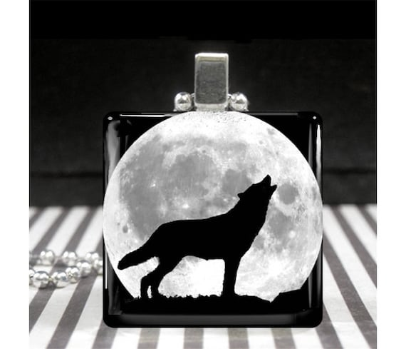 Glass Pendant Necklace Full Moon Wild Wolf