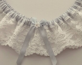 Lace wedding garter. Something blue wedding garter. Blue wedding garter. Ivory lace wedding garter.