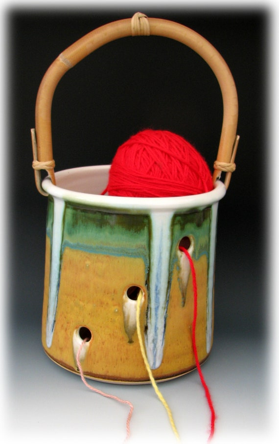 STONEWARE KNITTING BUCKET