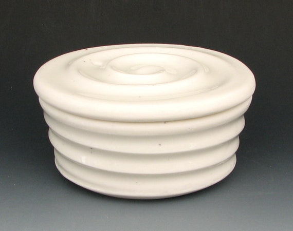PORCELAIN EGG POACHER