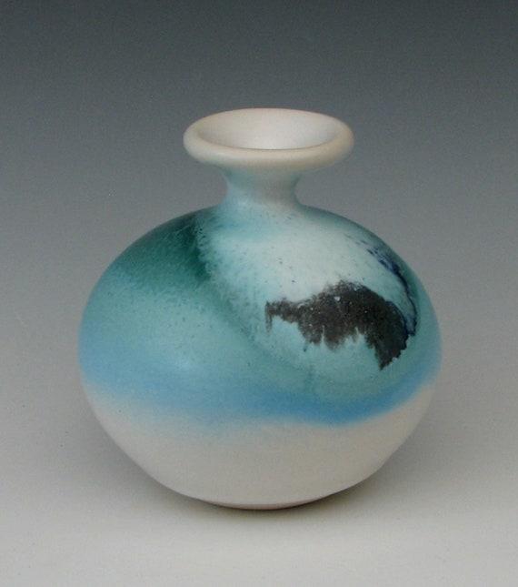 CERAMIC BUD VASE #35 Pottery Bud Vase Blue And White Vase Small Vase Weed Pot Vase Ikebana Vase Ceramic Flower Vase Rose Bud Vase Mantel