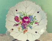 7 quot Nasco White Porcelain Bone China Floral, Leaf Shape Pin Dish Gold Rim Jewelry Candy Soap Trinket Hostess Collect Accent Display Gift Idea