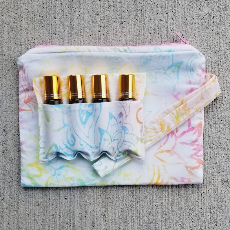 Fully lined in PUL Wristlet Wet bag. The Pool Pouch {Tie Dye Lotus Batik} Take me to the beach