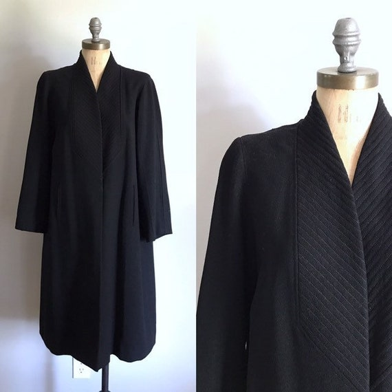 Antique Flapper Coat . 20s Black Wool . Small S