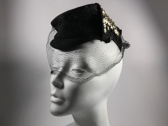Tilt Hat Black 30s 40s Flower Sequin Veiled Gothic