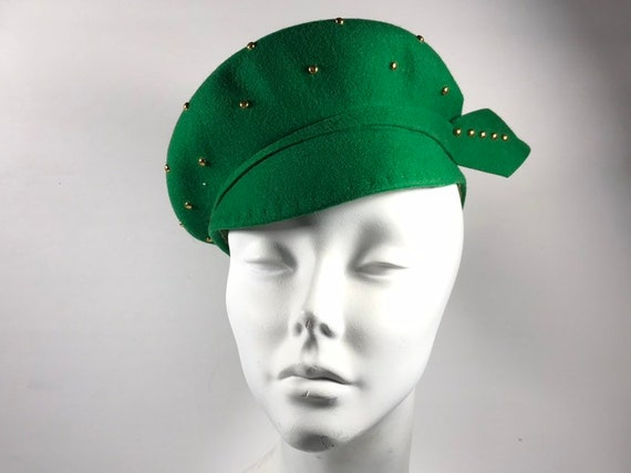 Green Tilt Studded Hat . 40s Formal