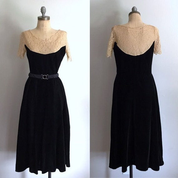 20s Black Dress . Velvet Lace . Gothic Antique XS