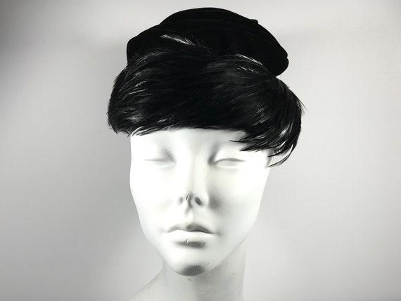Black Retro Feather Hat