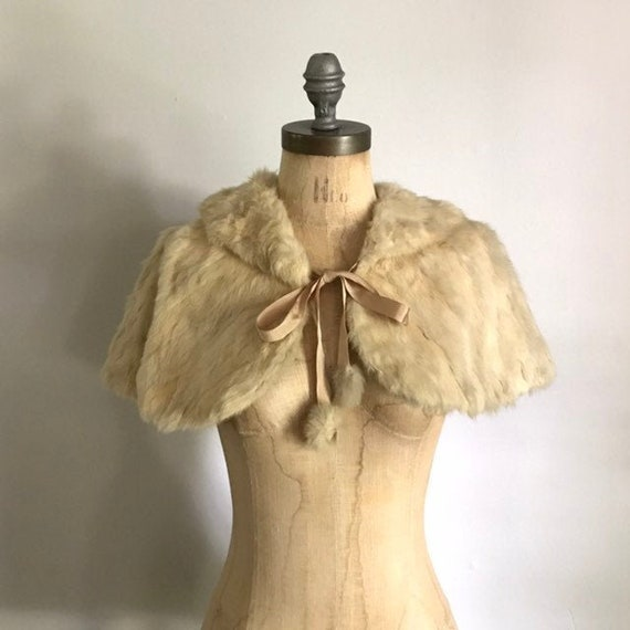 Antique Ivory Fur Collar Cape Shawl White