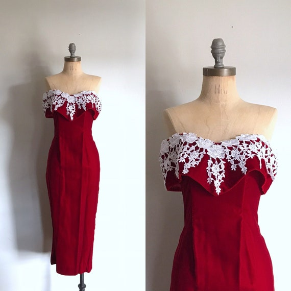 Red Prom Dress . Velvet and Lace . XS