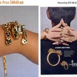 25% Off Sale Never Turn Your Back - Vintage 1950s Roaring Leopard Link Bracelet Gold Tone Metal