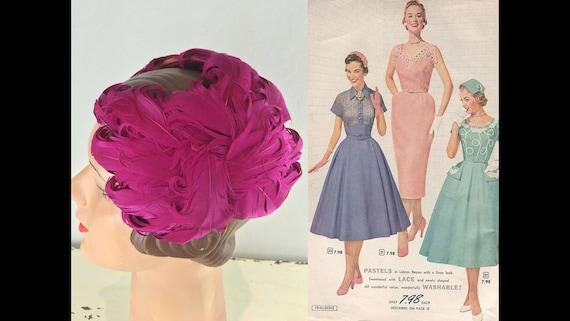 Mental For Magenta - Vintage 1940s 1950s Bold Mage