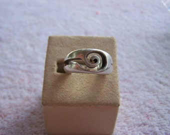 Sterling Silver Wide Band Open Swirl Ring Size 7 Hallmarks