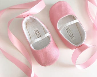 3212ffbcac692 Toddler Girl Shoes Baby Girl Shoes Glitter pink Soft Soled Shoes Wedding  Shoes Flower Girl Shoes pink shoes PINK Shoes Glitter - Eloise