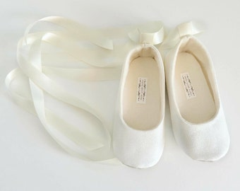 41e098f03 Ivory glitter shoes