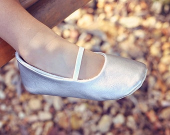 Baby Girl Shoes Toddler Girl Shoes Soft Soled Shoes Wedding Shoes Easter Shoes Flower Girl Shoes Champagne Plain Soft Leather Shoes- Solene