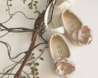 Toddler Girl Shoes Baby Girl Shoes Soft Soled Shoes Lace Wedding Shoes Easter Shoes Flower Girl Shoes Ivory Cream Champagne Shoes - Juliette