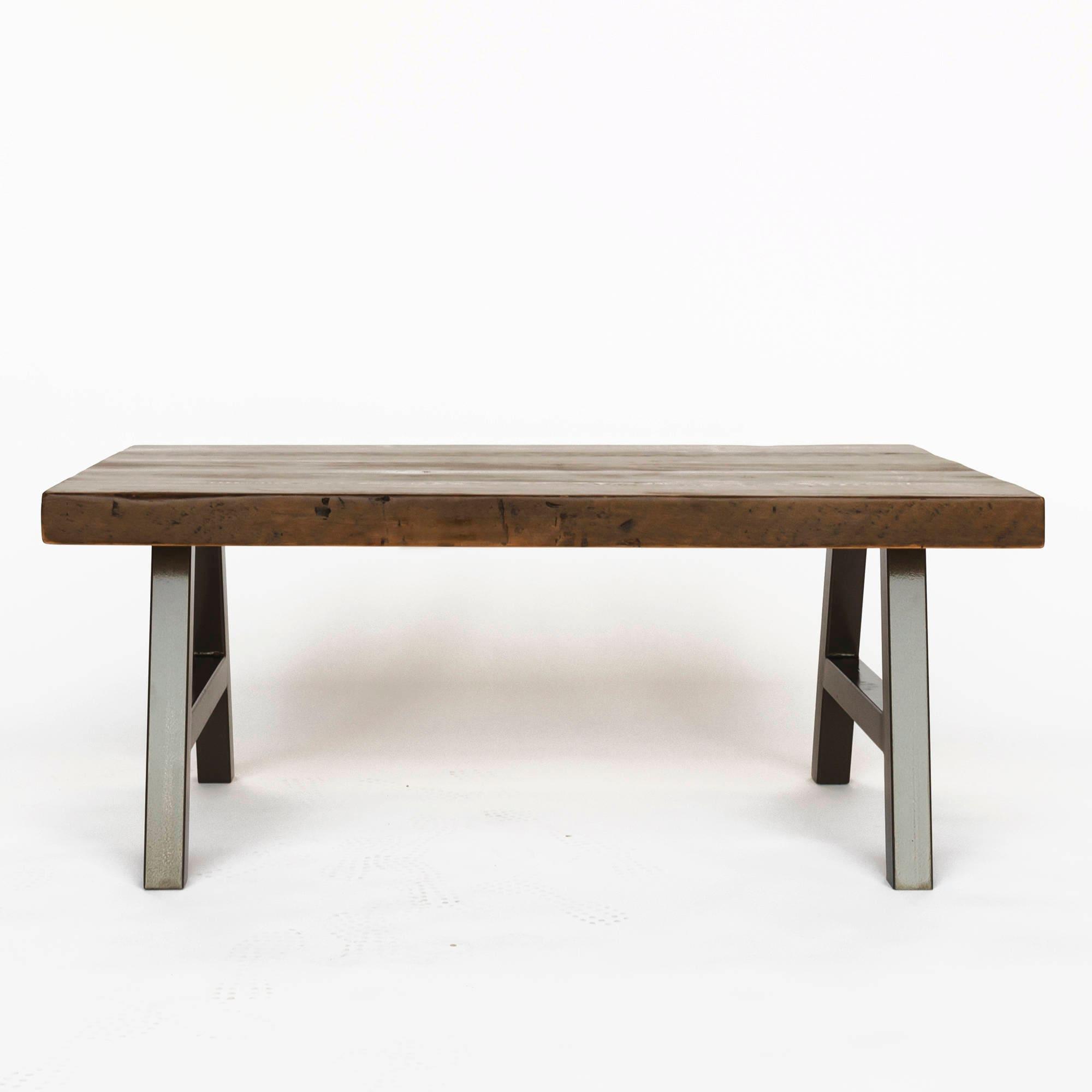 Make A Reclaimed Wood Coffee Table: Farmhouse Coffee Table Made Of Reclaimed Wood And Steel A
