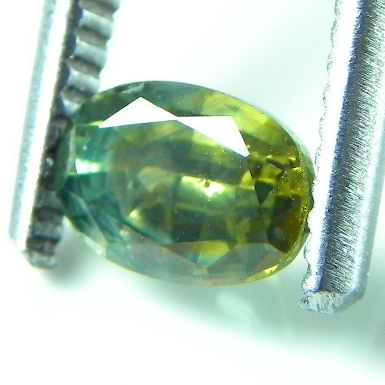 1.4 cts faceted green sapphire oval rock creek montana image 0