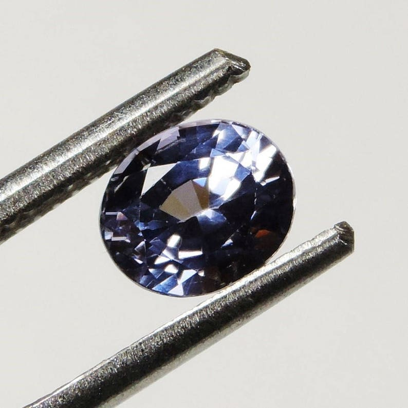 1.35 cts blue purple VVS spinel faceted oval cut sri lanka 67 image 0