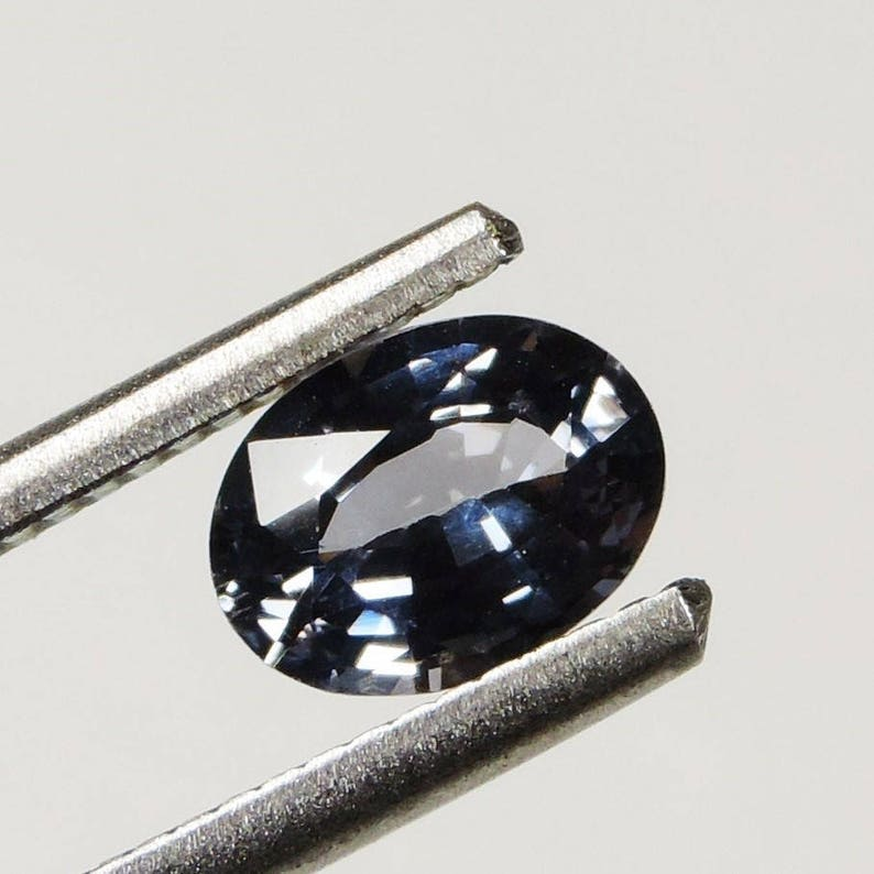1.3 cts blue flawless spinel faceted oval cut sri lanka 01 image 0