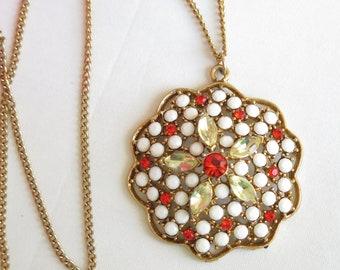 Dramatic Jewels