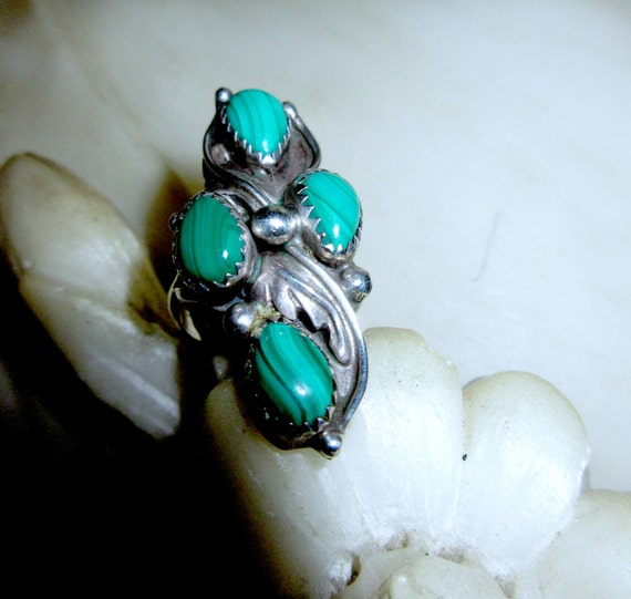 Old Pawn Sterling & Malachite Ring