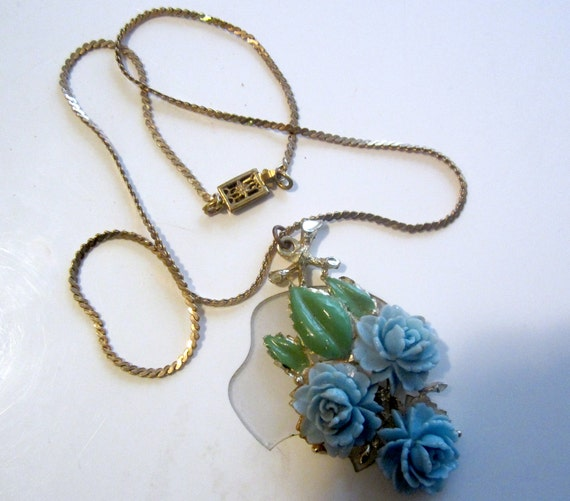 1940s Blue Celluloid Rose & Snake Chain Necklace