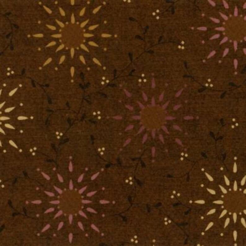 Brown Prarie Vine 108in Wide # 6235-33