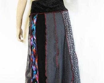 XL Artistic Playful Skirt