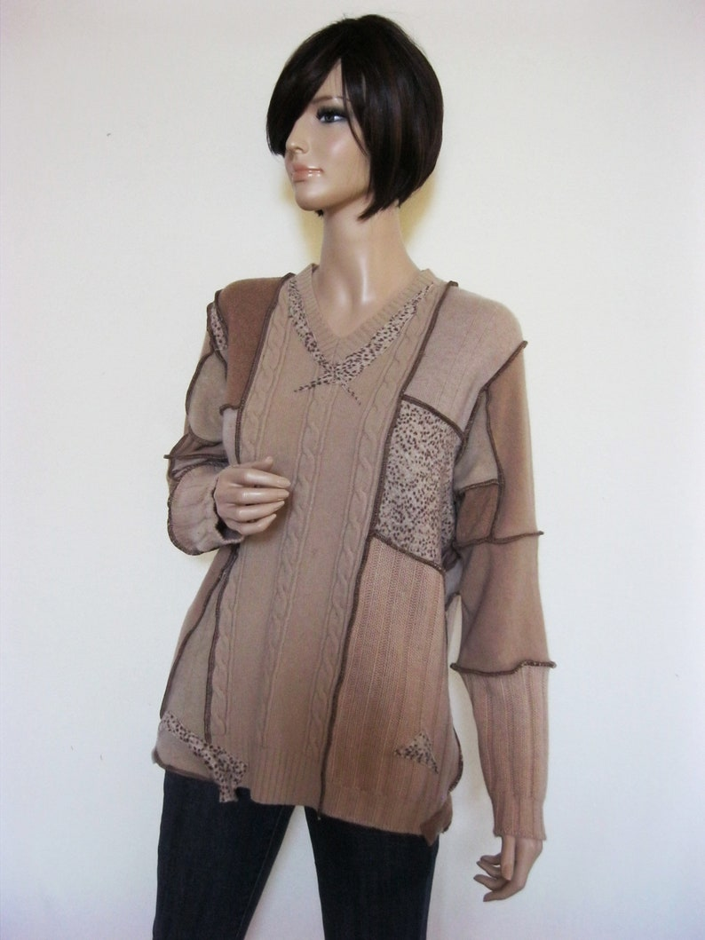 XL  Camel Colored Cashmere Sweater image 0
