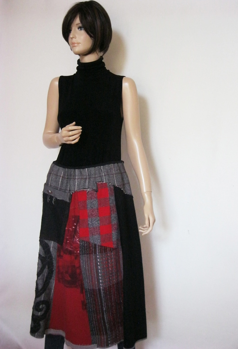 L to XL Artful Skirt image 0