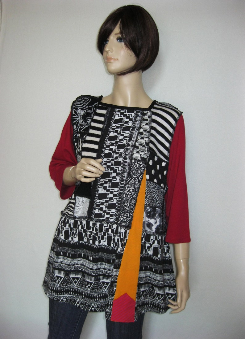 XL  Black and White Patchwork Tunic image 0