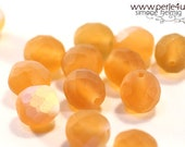 8 mm Czech Faceted Glass Bead -round- matte topaz AB 8/4131