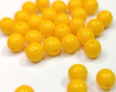 6 mm Czech Pressed Glass Bead -round- yellow opaque - 6r/8114