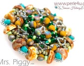 "DIY-MATERIAL-KIT - Pendant ""Mrs. Piggy"" green-brown-blue (K2400)"