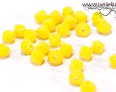 4mm Czech Faceted Crystal Bead - Bicone - yellow opaque | 4b/8114