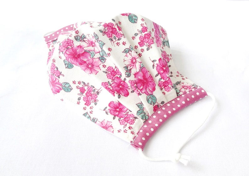 Pink Floral Pleated Non Surgical Face Mask 2 Layer Cotton image 2