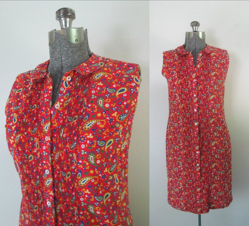 4df22bce511d15 1960s Paisley Sleeveless Shirt Dress Mod Pintucked Button